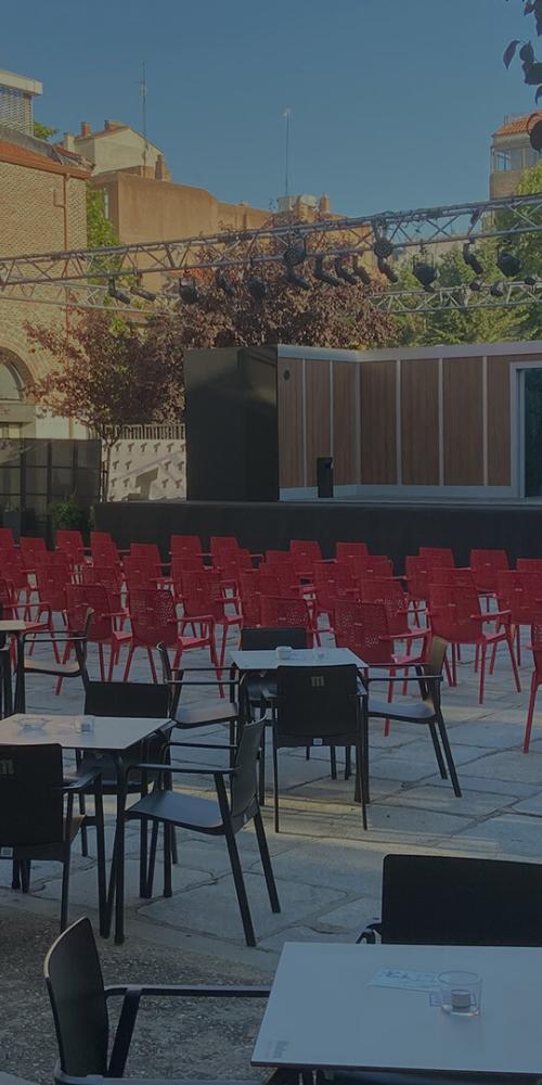 Patio Teatro Galileo